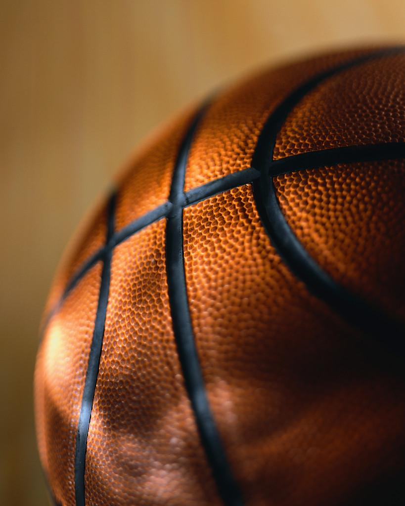 Basketballs over golf balls – American Thinker. – May 31, 2010