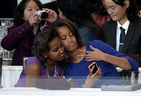 Sasha and Malia Obama 'Learn What They Live'