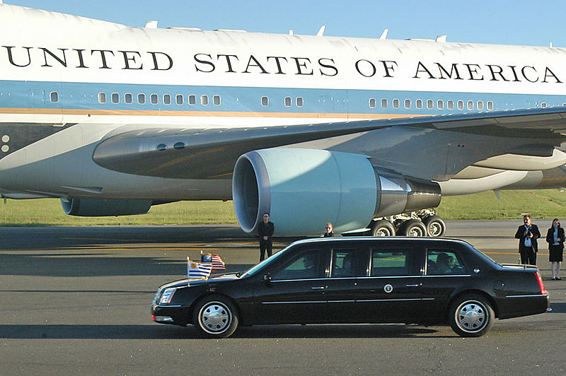 Obama Offers Africa Air-Conditioned-Limo Energy Conservation Talk
