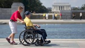 AP_wwII_veteran_memorial_jef_131002_16x9_992