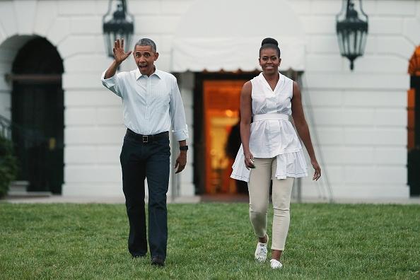 Obama chillin' in Chilmark